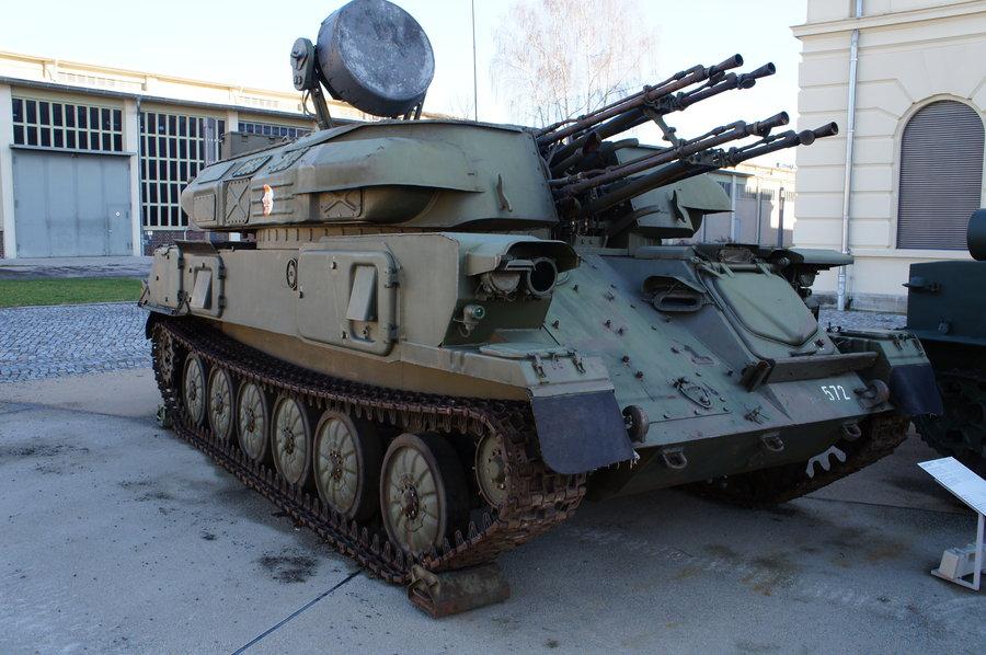 افضل الدبابات القديمة وحديثة العالم