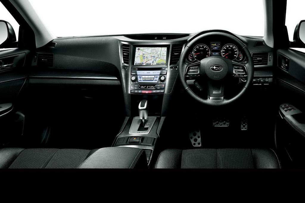 سيارةSubaru JDM Legacyمن الداخل والخارج 2012