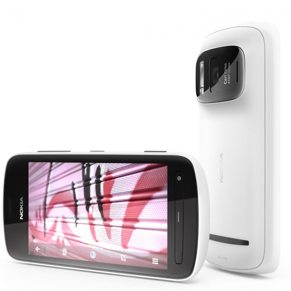 ترقبوا هذا الشهر هاتف نوكيا العملاق 808 Nokia