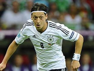 اخبار التصفيات المؤهلة العالم 2014 المنتخب الالماني الفارو