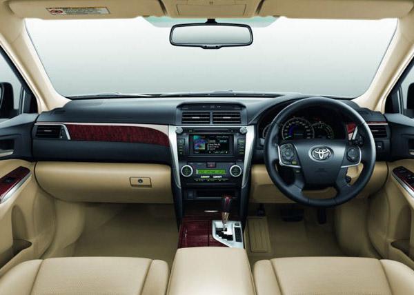 سيارة تويوتا 2013 الداخل والخارج الخليج رهيب2013 Toyota