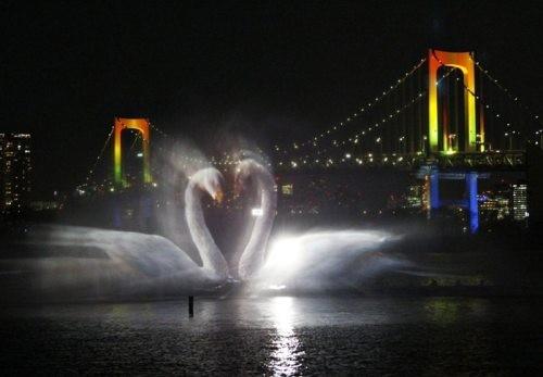 الابداع بالماء رائعة برذاذ النافورات water art