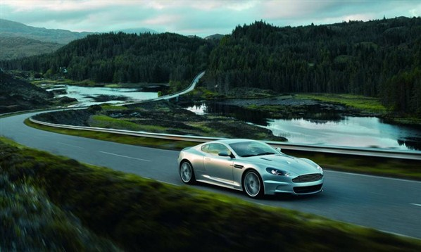 سيارات ذات اداء عالي سيارات عالية الاداء