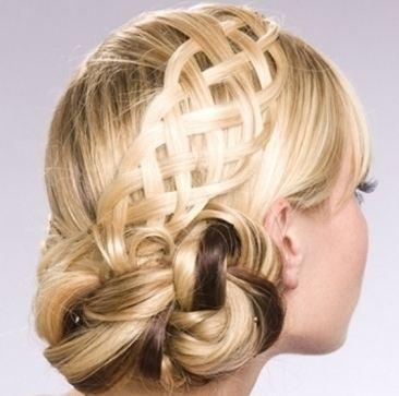 تسريحات وموديلات الشعر النسائية