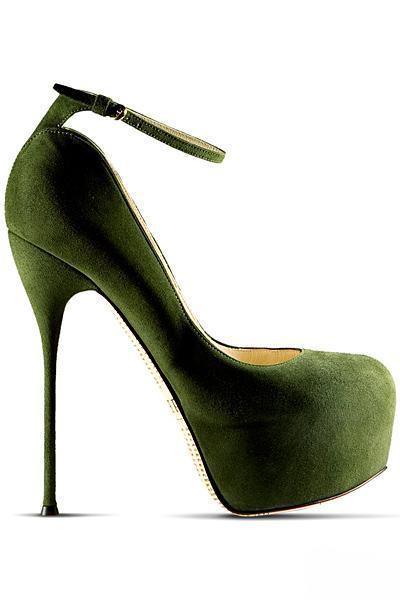 احذية 2012 2013 غاليانو