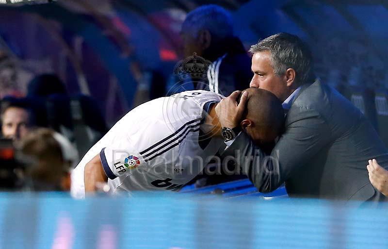 مباراة وديبورتيفو لاكرونيا الاحد 30/9/2012 Real Madrid 5-1
