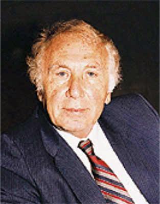 حياة الشاعر نزار قباني