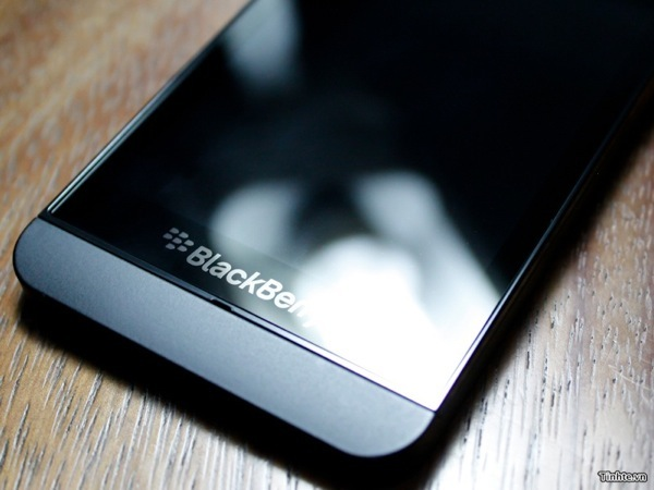 BlackBerry Z10 BlackBerry وفيديو