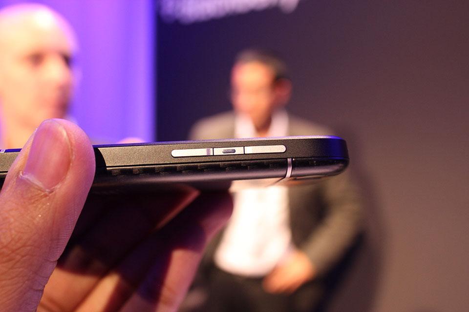احدث هواتف البلاك بيري BlackBerry Q10
