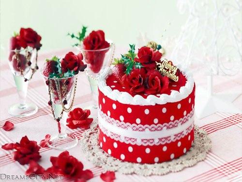 تورتات رومانسية جمال الورود تجده تورتة رومانسية