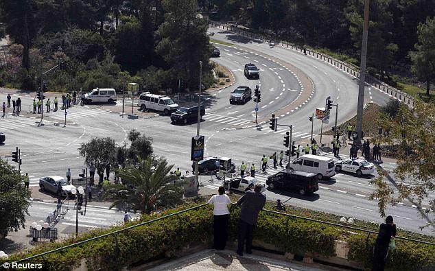 بالصور سيارة أوباما تتعطل إسرائيل