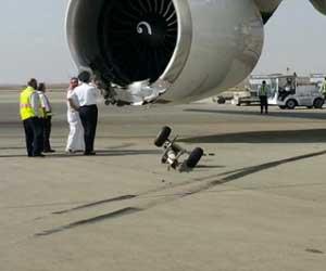 طائرة سعوديه اصطدامها