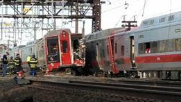 عشرات الجرحى تصادم قطارين بالولايات المتحدة
