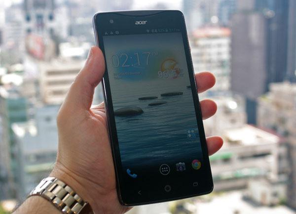 أعلنت أيسر هاتف Liquid بشاشة قياس 5.7 إنش