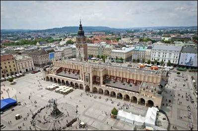 بولندا تقارير