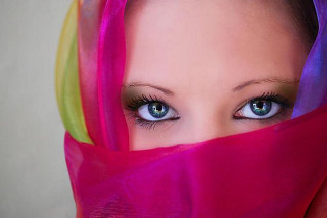 صور رائعه لعيون بنات مشاء الله عيون ساحرة