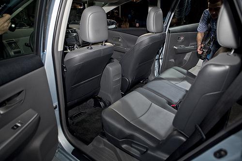 سيارة تويوتا 2012 toyota Prius 2012 الخارج والداخل