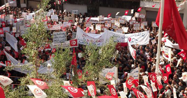 بالصور احتفالات الاتحاد التونسى بـعيد العمال