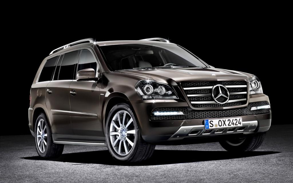 2012 Mercedes-Benz Introduces