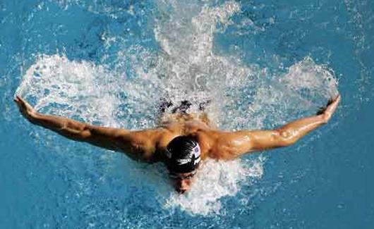 السباح النرويجي ألكسندر العالم