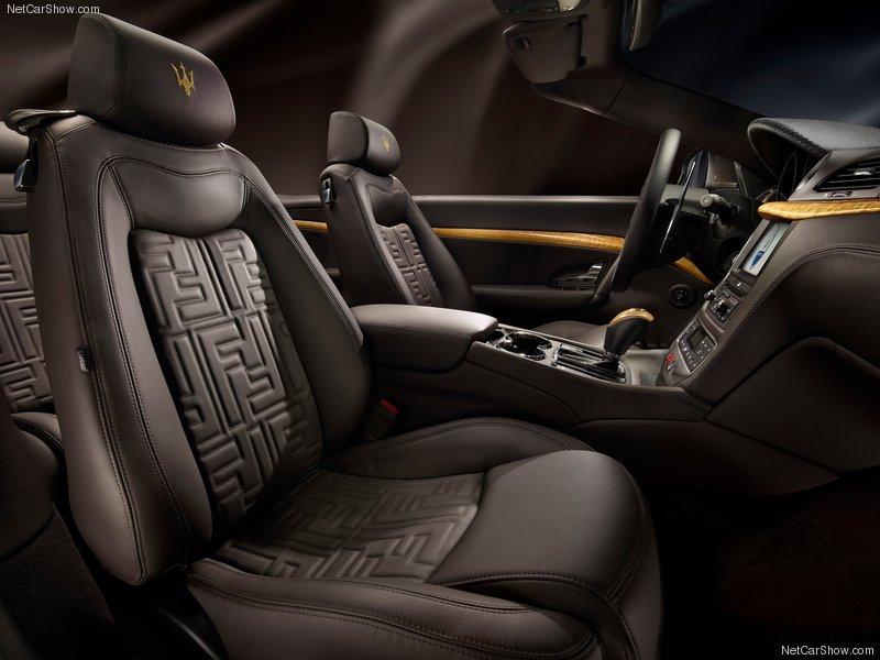 سيارة مزراتي كابريو 2012 الداخل والخارج Maserati GranCabrio