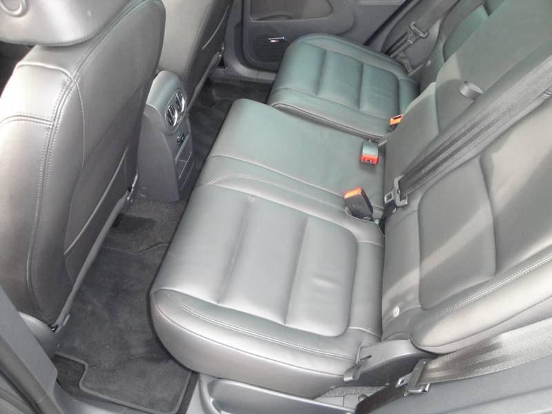 سيارة تيجوان الداخل والخارج2012 Volkswagen Tiguan 2012