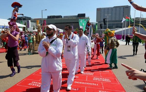 اللاعبة السعودية ارتداء الحجاب اولمبياد 2012