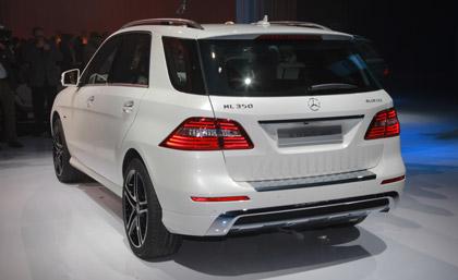 سيارة 2012 الداخل الخارج 2012 Mercedes-Benz M-Class 2012